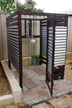 20 cool rustic bathroom design ideas you might build for your house 19 Related Outdoor Toilet, Outdoor Baths, Outdoor Bathrooms, Outdoor Pool, Outside Showers, Outside Pool, Outdoor Showers, Douche Camping, Outdoor Shower Enclosure