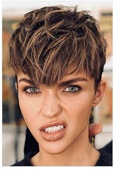 Hairstyles For Kids Ruby Rose Short Pixie Haircuts, Pixie Hairstyles, Short Hair Cuts, Short Hair Styles, Ruby Rose Hairstyles, Party Hairstyles, Androgynous Hair, My Hairstyle, Pixie Cut