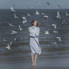 From the sea waves. Muse:@k_stanczewska Photo:@izaballa.sapula Dress: @retromania #m3xtures #wonderland_arts #igw_mystica #fotodome #sombresociety #sombrebeings #themysterypr0ject #project0uno #tv_moods #dreamer #dreaming #blue💙 #birds #instagood #instagram#dynamic_portraits #portrait_ig #portrait#picoftheday #artistry_flair#humansoul #humanedge#sea#polishgirl #polishmodel#portraitpage #kdportraitgallery#fineart #fairytail