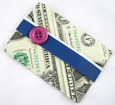 Create an easy dollar bill wallet to hold a cash gift or gift card. Dollar Bill Origami, Money Origami, Origami Boxes, Dollar Bills, Origami Paper, Origami Tooth, Origami Easy, Craft Gifts, Diy Gifts