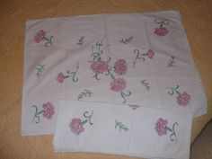 2 Vintage Embroidered Pillow Cases Pink by PaulasVintageAttic, $18.99 #vintage #linens #pillow cases