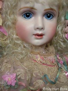 A14T Bebe - Emily Hart Dolls