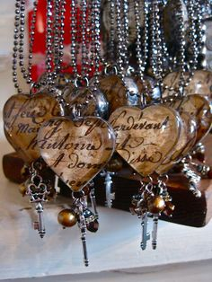Brilliant DIY Project ::: Create Unique Resin Heart Pendant Necklaces as keepsakes or bridesmaid gift or for your kids birthdays ............レ O √ 乇 ❥