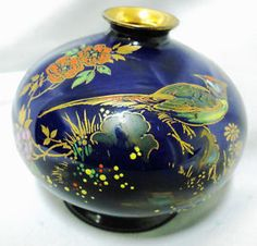SHELLEY-ENGLAND-ARABESQUE-IMPERIAL-GOLD-HAND-PAINTED-BIRD-COBALT-BLUE-VASE