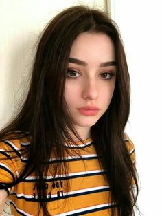 """YLYL - """"/s/ - Sexy Beautiful Women"""" is imageboard dedicated to sharing images of softcore pornography. Grunge Look, Grunge Style, Most Beautiful, Beautiful Women, Grunge Hair, Tumblr Girls, Girl Face, Ulzzang Girl, Aesthetic Girl"""