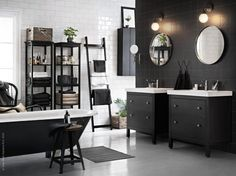 A quite classic black and white bathroom from Ikea, ok, not entirely black and white. The natural colors and fabrics bring warmth to the space and makes it more relaxing. Decor, Elegant Bathroom, Modern Washroom Design, Bathroom Inspiration, Interior Design, Interior, Dream Decor, Home Decor, Ikea Bathroom