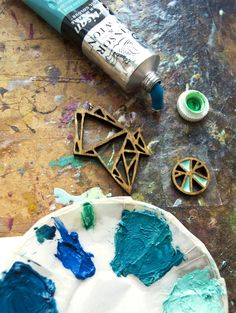 Making wood and resin jewellery - in the studio of Dear George