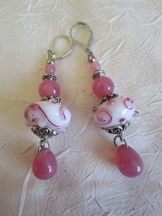 Ravissantes petites boucles d'oreilles en perles lampwork
