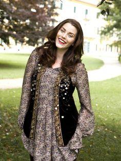 Pleated Tunic (Plus Size) 11/2010 #141 &  Bohemian Vest (Plus Size) 11/2010 #140
