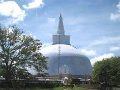ルワンワリサーヤ仏塔(アヌラーダプラ) Ruwanweli seya ◆スリランカ - Wikipedia http://ja.wikipedia.org/wiki/%E3%82%B9%E3%83%AA%E3%83%A9%E3%83%B3%E3%82%AB #Sri_Lanka