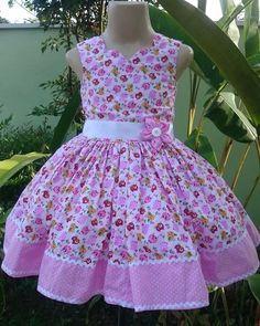 Girls Frock Design, Baby Dress Design, Kids Frocks Design, Baby Frocks Designs, Girls Dresses Sewing, Frocks For Girls, Little Dresses, Little Girl Dresses, Fashion Kids