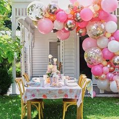 Is it too early to be thinking about Springtime garden parties? The balloon backdrop is made from our DIY Blossom Balloon Garland Kits, we offer a DIY range as well as a Come To You And Do All The Things Service. Incase ya didn't know. Balloon Backdrop, Balloon Garland, The Balloon, Balloon Decorations, Baby Shower Decorations, 1st Birthday Girl Decorations, 1st Birthday Girls, First Birthday Parties, Girls Party Decorations