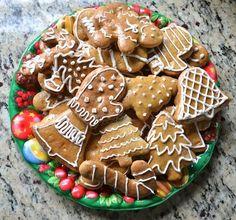 Christmas in Slovakia Recipe Spice Cookies- Kid World Citizen Holiday Treats, Christmas Treats, Christmas Baking, Christmas Cookies, Holiday Recipes, Holiday Baking, Holiday Foods, Christmas Recipes, Christmas Eve