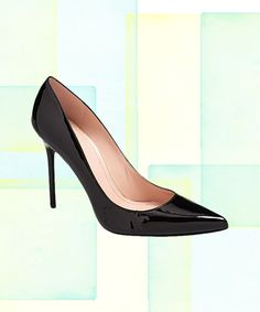 Okay, okay. There's no need to start tossing shoe boxes out the window. No, not even if you desperately need a bit more closet space. But, it seems like we might have pinpointed THE very best black pump, according to math that is. Rank & Style…