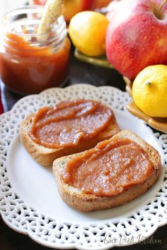 This homemade apple butter is made in a slow cooker. It's perfectly spiced and so easy to make. This small batch apple butter recipe comes with step-by-step instructions. It's wonderful to spread on toast, to use in a recipe, or to give a jar as a gift.   One Dish Kitchen Apple Cinnamon Muffins, Pumpkin Spice Muffins, Jam Recipes, Apple Recipes, Baked Doughnut Recipes, Apple Crisp Cheesecake, Homemade Apple Butter, Yogurt Bites, Whipped Feta