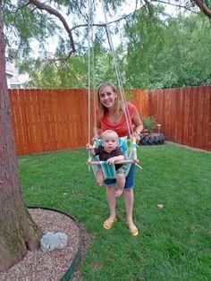 One Sassy Housewife: Swingin' DIY baby swing.