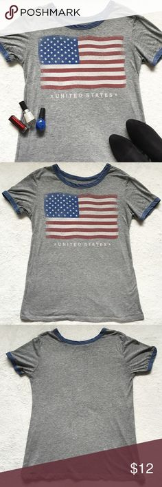 Unisex Gray Vintage Style American Flag Shirt Top 🌸 Unisex United States Flag Shirt by LOL Vintage  🌸 Vintage style shirt with an antiqued image of the American flag   🌸 Has blue piping along the neckline and sleeve ends   🌸 Size Large   Keywords: Stars and Stripes, star spangled banner, America, USA, Fourth of July, T shirt, T-shirt LOL Vintage Tops Tees - Short Sleeve