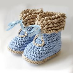 Crochet Pattern for Winter Boots Baby Booties INSTANT DIGITAL DOWNLOAD Pattern 036  Adorable winter style boots with a ribbon closure. They are lovely for