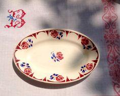 Pretty French vintage Badonviller oval serving dish
