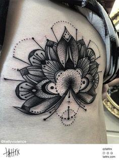 Kelly Violence Tattoo - Mandala Ornament