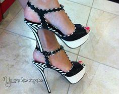#HighHeels #tacones #zapatos bota, zapato shoe, fashion, bello zapato, sexi shoe, sandalia, mas zapato, los zapato, blackwhitegray shoe