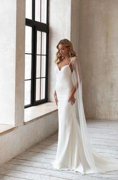 Minimal Wedding Dress, Minimalist Wedding Dresses, Elegant Wedding Dress, Perfect Wedding Dress, Designer Wedding Dresses, Bride Dress Simple, Wrap Wedding Dress, Mermaid Dresses, Bridal Dresses