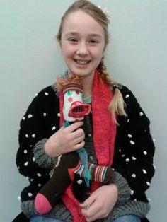 Jaar 014 Recycle your socks_ Workshops op Zondag Portretten van de makers die hun oude sokken tot leven hebben gebracht