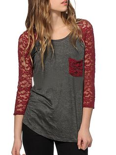 Contrast Lace Pocket Red T-shirt