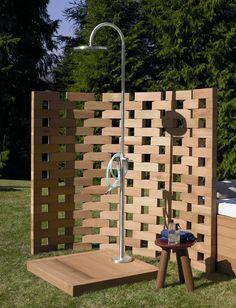 Steel Shower column with overhead shower by ZUCCHETTI | Design Ludovica+Roberto Palomba (2012) | Plato de ducha exterior