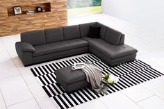 625 Italian Leather sectional by J&M Furniture. Modern furniture and contempoary furniture wholesale in New York and New Jersey. Corner Sectional Sofa, Sectional Ottoman, Grey Sectional, Leather Sectional Sofas, Living Room Sectional, Modern Sectional, Sofa Set, Couch Table, Corner Sofa
