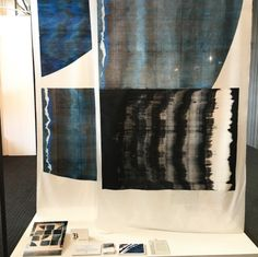 Large scale screen printing by Caisa Nordenstahl from the Swedish School of Textiles Home Trends, News Design, Diy Art, Screen Printing, Scale, Designers, Textiles, Tech, Curtains