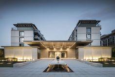 JINGRUI · VITAL HOUSE by LAURENT – mooool Entrance Design, Entrance Gates, Main Entrance, Gate Design, Facade Design, House Design, Architecture Courtyard, Chinese Architecture, Architecture Details