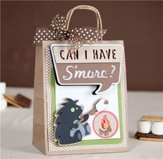 Cute idea for a bonfire party. Party Favor Bags, Gift Bags, Treat Bags, Create A Critter, Michael S, Ideas Geniales, Paper Crafts, Diy Crafts, Cricut Cards