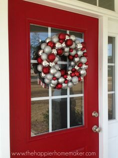 make your own ornament wreath