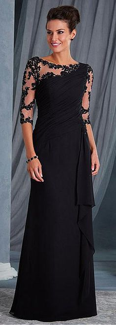 Chic Tulle & Chiffon Bateau Neckline 3/4 Length Sleeves Sheath/Column Mother Of The Bride Dresses With Beaded Lace Appliques