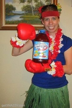 26 Hilariously Clever Halloween Costumes - Hawaiian Punch! LOL
