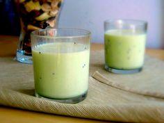 Fruit smoothie with milk | Smaczny kąsek