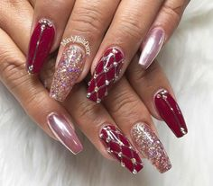 Beautiful Red Glitter Coffin Nails for Winter – Long Nails – Long Nail Art Designs New Nail Designs, Christmas Nail Art Designs, Acrylic Nail Designs, Acrylic Nails, Coffin Nails, Burgundy Nails, Red Nails, Nagellack Trends, Xmas Nails
