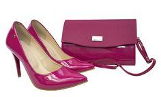Lakierowane szpilki Roseti w kolorze fuksji. Zestaw buty i kopertówka fuksja Pumps, Heels, Fashion, Heel, Moda, Fashion Styles, Court Shoes, Shoes Heels, Fasion