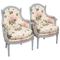 Pair Of Bergere Chairs - Style Carved & Painted French Louis Xvi Wood Chair Upholstery, Chair Fabric, Upholstered Chairs, French Furniture, Paint Furniture, Modern Furniture, Comfy Reading Chair, Shabby Bedroom, Bergere Chair