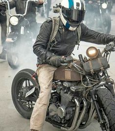 Rusty beast #bike #brutalbike #motorcycles #riders #bikeadventure