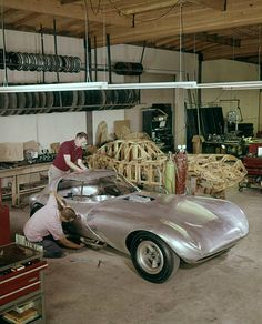 Bill Thomas Chevrolet Cheetah GT Race Car fabrication shop with wooden spar body buck in background and one of two aluminum-bodied Cheetahs being worked on in the foreground. The Cheetah was then. Get premium, high resolution news photos at Getty Images Chevy Sports Cars, Vintage Sports Cars, Sports Car Racing, Vintage Auto, Auto Racing, Drag Racing, Us Cars, Race Cars, Cheetah Pictures