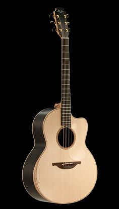 F-50 cutaway in Indian Rosewood / Sitka Spruce with soundbox bevel