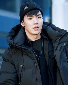 HANDSOME  - #shownu#셔누#MonstaX#kpop#몬스타엑스 #SonHyunwoo#jooheon#minhyuk#wonho#kihyun  #changkyun#hyungwon#monbebe#몬베베  cr. show you
