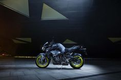 The Yamaha MT 10 is the most powerful motorcycle the MT world has to offer. Equipped with a torque-rich crossplane engine. Mt 10, Yamaha Mt, Yamaha Yzf R1, Pictures Of Sports Cars, Car Pictures, The Boogie, Motorcycle News, Picture Collection, Motogp