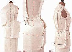 Draping adalah istilah dalam dunia fashion, yaitu teknik pembuatan pola dasar yang dikerjakan langsung pada dressform atau manekin.