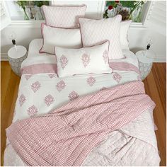 MUGAL  Luxury REVERSIBLE QUILT Handcrafted by whitejasminebedding