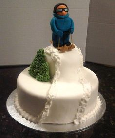 Ski cake concept, sans creepy out of scale skier and the fondant.