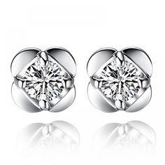 2016 New Silver plated earrings Lucky Clover female models florid crystal earrings wholesale jewelry manufacturers Sterling Silver Earrings Studs, Crystal Earrings, Women's Earrings, Cheap Earrings, 925 Silver, Ear Jewelry, Jewelry Gifts, Cleaning Silver Jewelry, Wholesale Jewelry