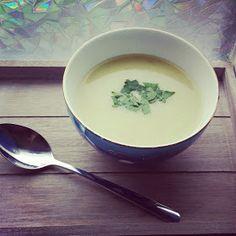 Bleekselderij....het is zo'n groente waar je vaak niet heel goed van weet wat je er mee doen moet. Meestal wordt het gebruikt als smaak...